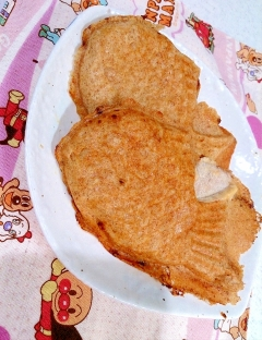 【糖質制限】低糖パンミックス粉と低糖餡でたい焼き♪