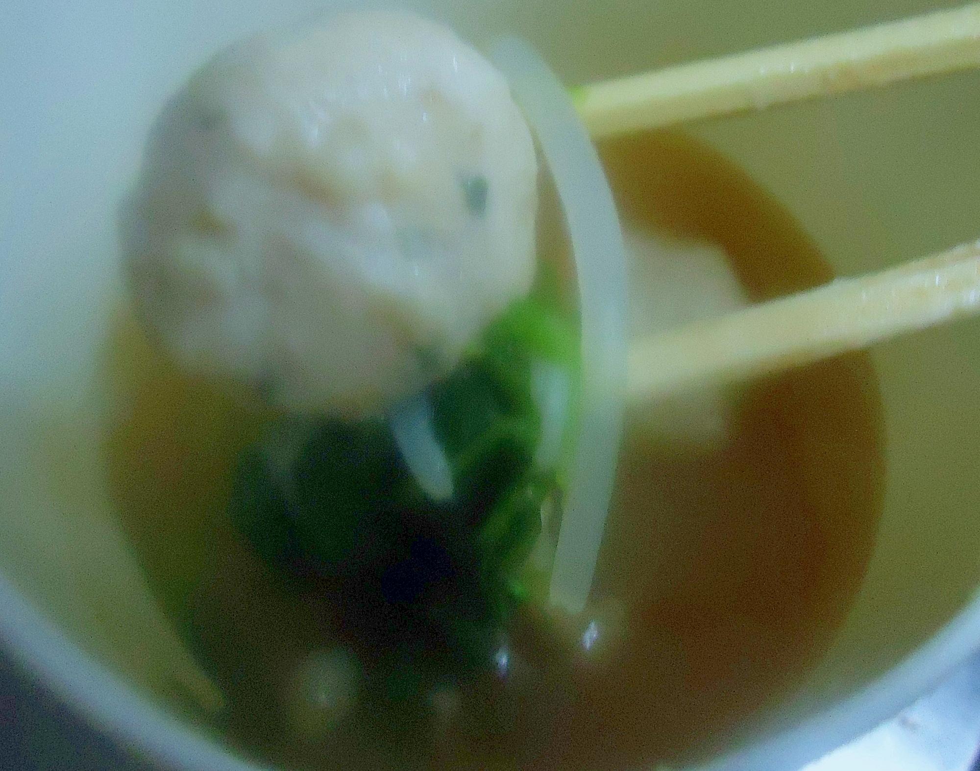 冷凍野菜・冷凍つくねで作る レンジで団子スープ