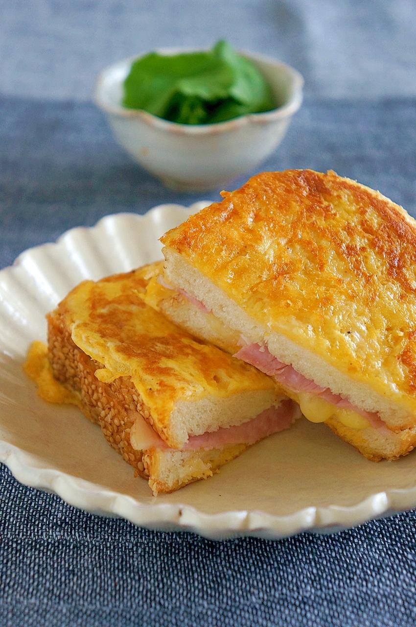 マヨで簡単♪ハム&チーズのフレンチトースト風サンド