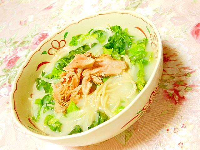 ❤玉葱とキャベツと鮭のちゃんぽんスープパスタ❤ レシピ・作り方 by 小太郎1212|楽天レシピ