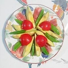 スナップえんどう、生ハムのサラダ