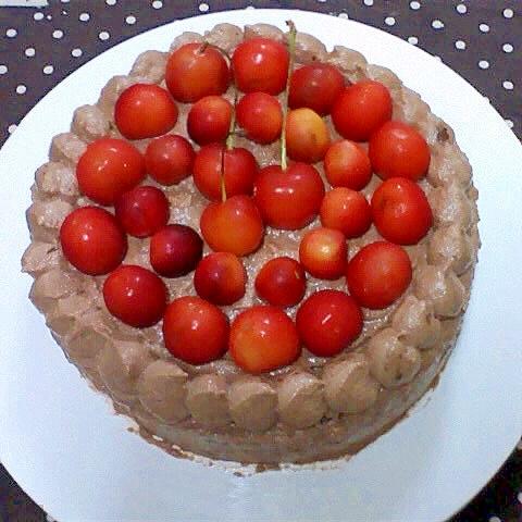 さくらんぼのチョコケーキ