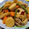 筑前煮です☆安定の甘辛醤油味♪根菜いっぱい食べてね