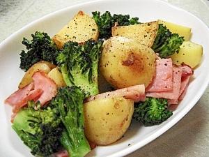 新じゃがとブロッコリーとベーコンの簡単炒め物♪