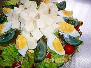 豆腐☆ピータンの盛るだけ簡単サラダ♪