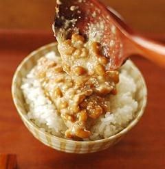 ご飯にたっぷり・甘塩の塩納豆