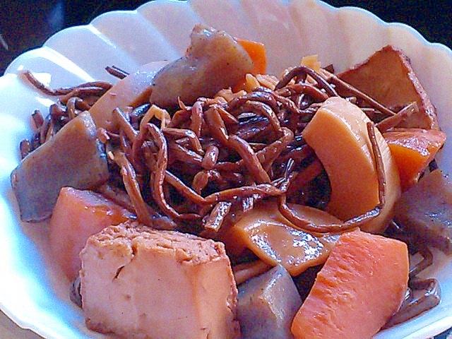 旬の筍を使って、おもてなしに使える ぜんまいの煮物