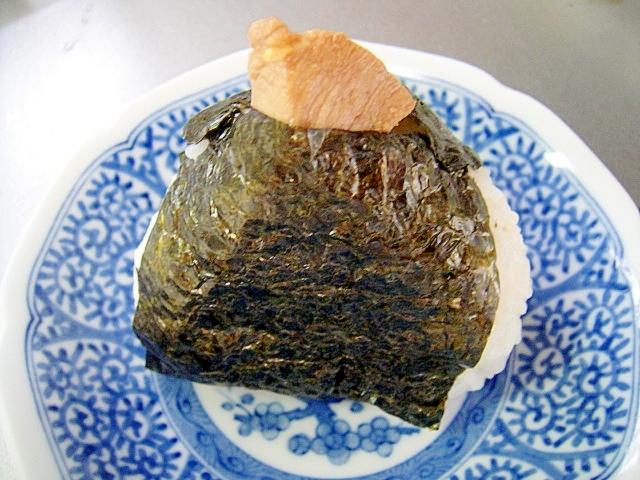 静岡県☆マグロ煮入りおにぎり
