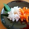 飾り切りの紅白菊花。甘酢レシピ付き