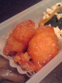 【お弁当】鶏唐揚げのケチャップ&スイートチリソース