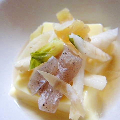 卵豆腐蒟蒻数の子サラダ