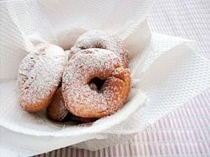 洋菓子用米粉で作る揚げドーナツ