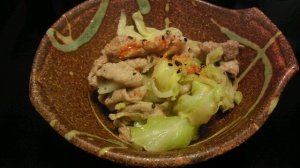 ルクルーゼdeキャベツの味噌煮込み