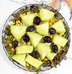 フリルレタスとスイートコーンのサラダ