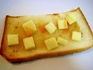 はちみつ&生姜&プロセスチーズのトースト