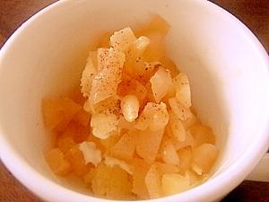松の実とカラメルリンゴのアイス