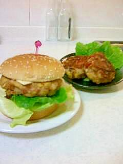 高野豆腐でボリュームUPハンバーガー&ハンバーグ