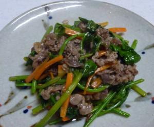 牛肉とほうれん草の炒め物