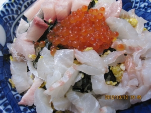 イクラと鯛の海鮮丼☆
