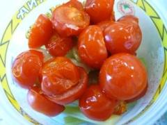 焼きトマトと焼きセロリのヘルシーサラダ