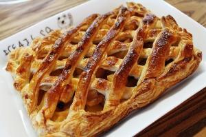 簡単アップルパイ おやつにどうぞ!