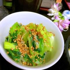 生で美味しい!青梗菜と甘酢生姜の浅漬け風サラダ