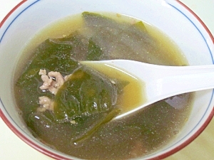 韓国風☆ 牛挽肉入り「わかめスープ」