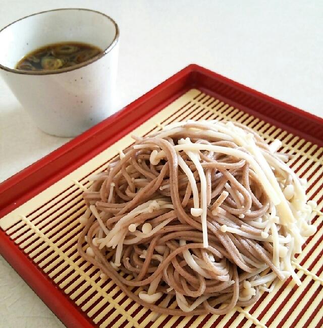 ダイエットに☆ざるエノキ蕎麦