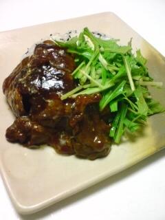 ヨシダのバーベキューソースで作る牛肉のチャーハン