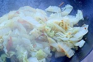 白菜とつくしのソテー