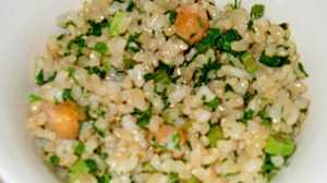 人参葉とひよこ豆の塩麹ご飯
