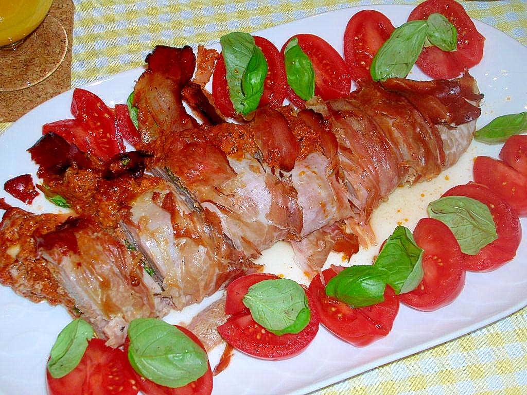豚ヒレ肉の赤ペスト(Pesto rosso)巻き♪