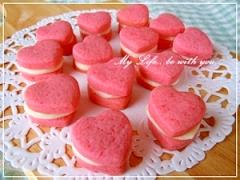 バレンタイン*いちごクッキーのホワイトチョコサンド