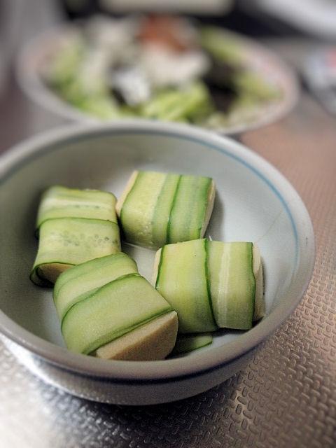 高野豆腐のきゅうり巻き酢の物
