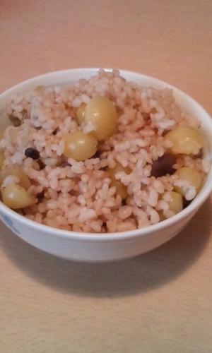 ぎんなんとしめじの玄米ご飯