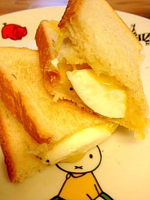 """時短ゆで卵で作る!朝うれしい""""ホットたまごサンド"""""""