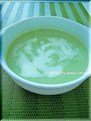 冷凍のグリーンピースで★冷たいグリーンスープ