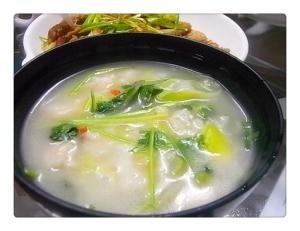 香菜と葱のすいとんスープ