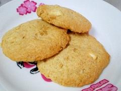 バター不使用☆ねりごまカシューナッツクッキー