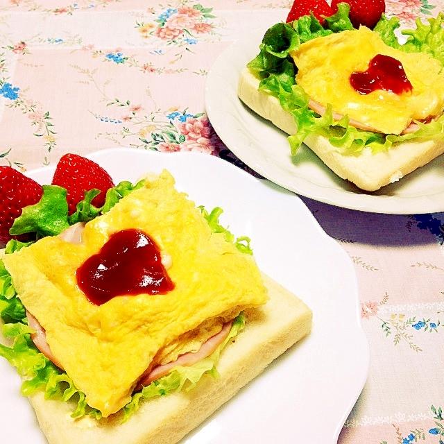 ルクエでスクランブルエッグ塩麹味食パン
