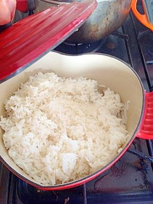 ルクルーゼでふんわりご飯を炊く