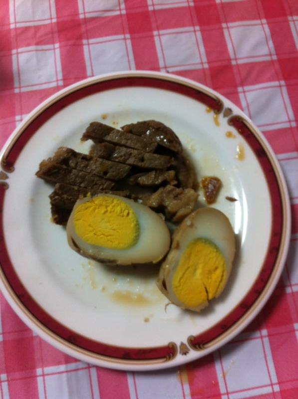作りおきに★豚かたまり肉とゆで卵の煮物★