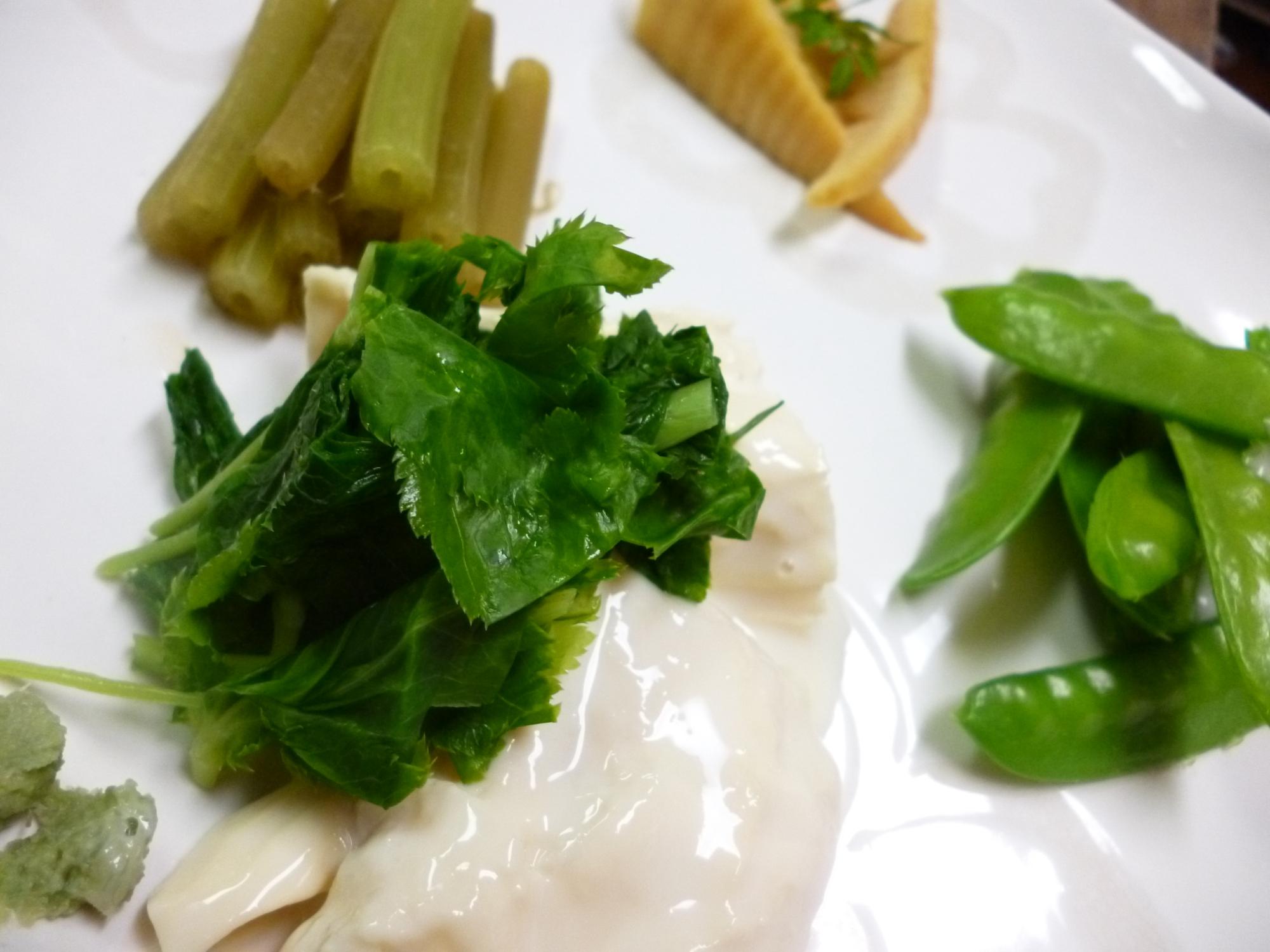 春の前菜に♪三つ葉添え湯葉の刺身