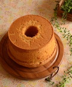カラメルバナナシフォンケーキ