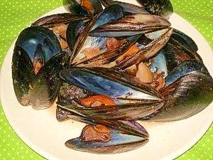 赤ワインとお醤油☆ムール貝の和イン蒸し☆〆はご飯