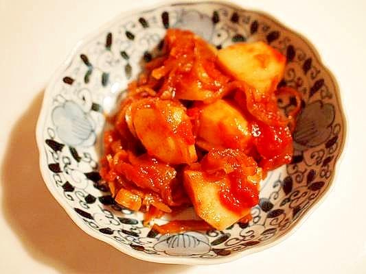 ルクルーゼで♪じゃが芋と切り干し大根のトマト煮込み