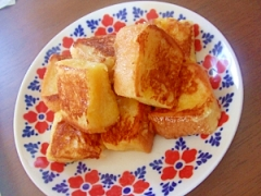 生クリームで濃厚フレンチトースト☆