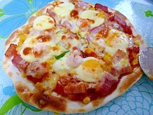 ベーコン*たまご*ピーマンのクリスピーピザ