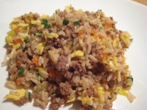 牛ひき肉のネギ炒飯