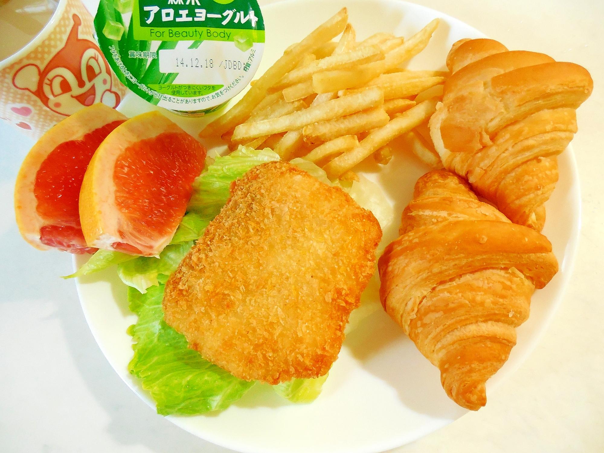 白身魚フライとフライドポテトのワンプレート
